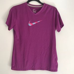Nike Dri-Fit Girls XL T-shirt